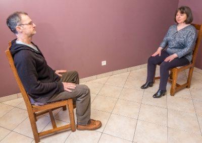 Sophrologie posture assise